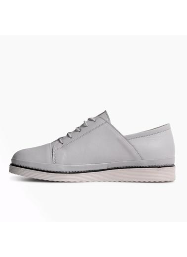 Voyager 8335 Beyaz Hakiki Deri Kadın Günlük Ayakkabı Beyaz
